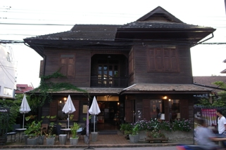 チェンマイ家屋2