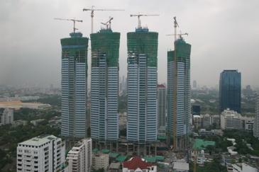 建設中ビル