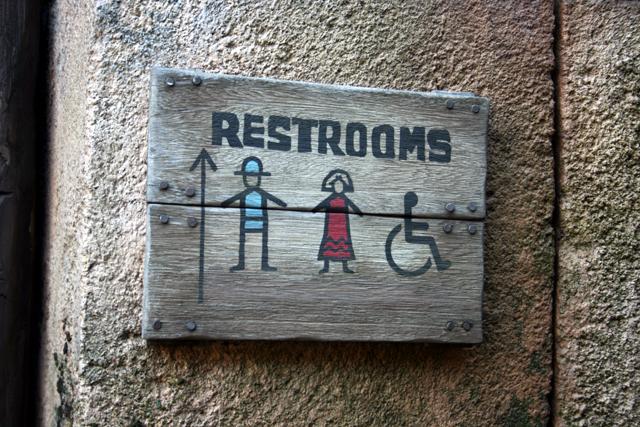 トイレ案内