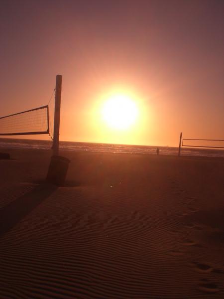 風吹く浜-05
