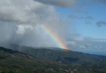 ワイメア渓谷から見えた虹。