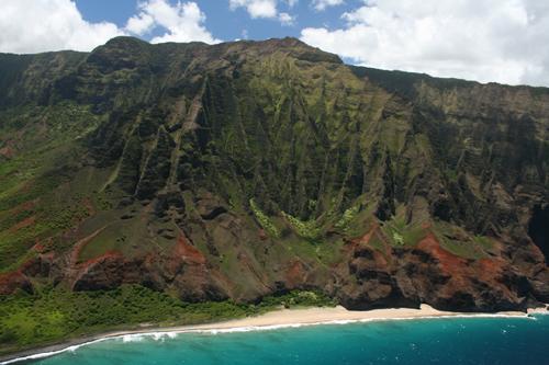 Helicopter からのNapali 海岸Kalalau Beach