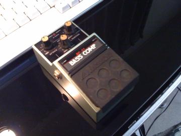 01 bass comp