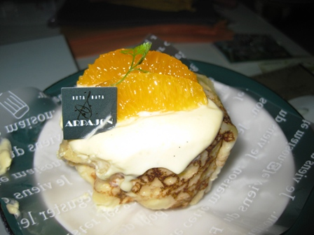 blog_オレンジムース入りクレープ270609