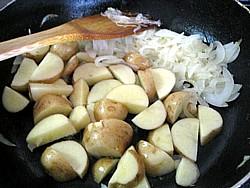ベネッセ 煮込みハンバーグとサフランライス9
