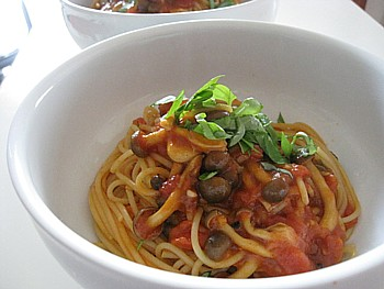 シメジのトマトパスタ4