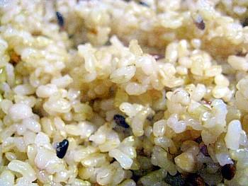 国産十六宝穀米おにぎり4