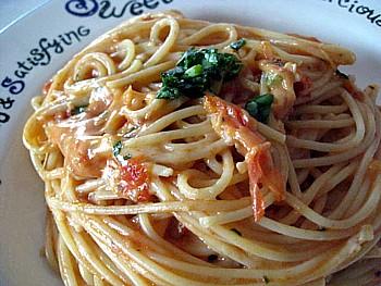 トマトとチーズのパスタ8