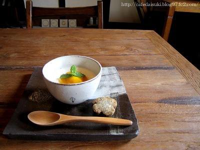 cafe yuinoba◇ミルクゼリー マンゴーソース