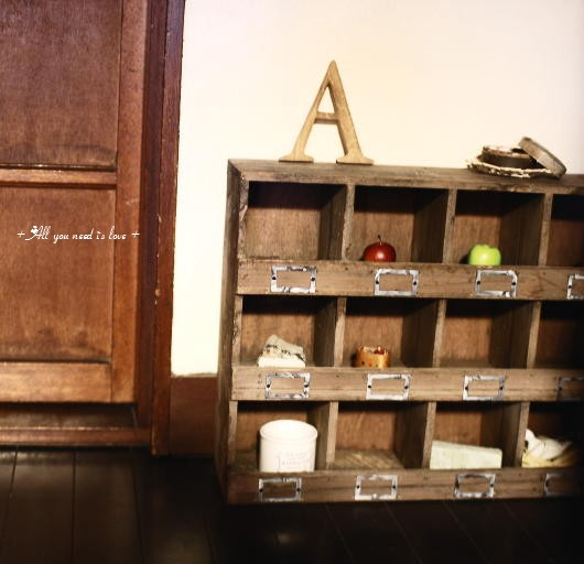 16 キッチン下の棚