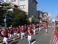 だんじりパレード