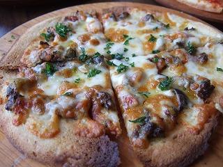 オリーブピザ