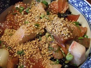 海鮮丼+ごま