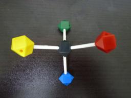 フィッシャー投影式は分子の潰し方に注意!