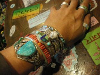 native+american+bangle_convert_20101022134446.jpg