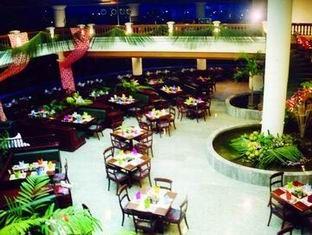 ロータス パン スアン カオ ホテル (Lotus Pang Suan Kaew Hotel)