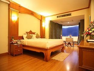 フラマ チャンマイ (Furama Chiang Mai)