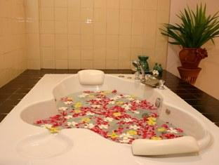 ナチュラル ウェルネス リゾート & スパ (Natural Wellness Resort & Spa)