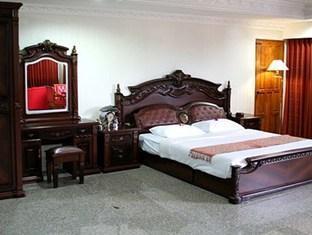 シャト― チェンマイ ホテル&アパートメント