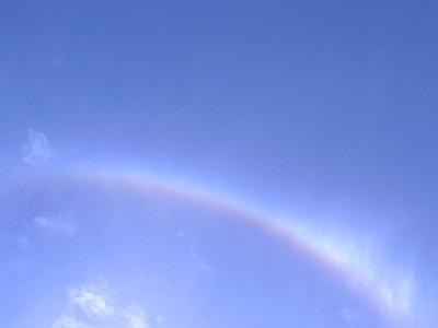 虹って好きだな 一瞬で消えちゃうけどさ・・・。