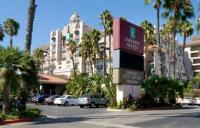 LAXDWES_Embassy_Suites_Los_Angeles-Downey_home_right.jpg