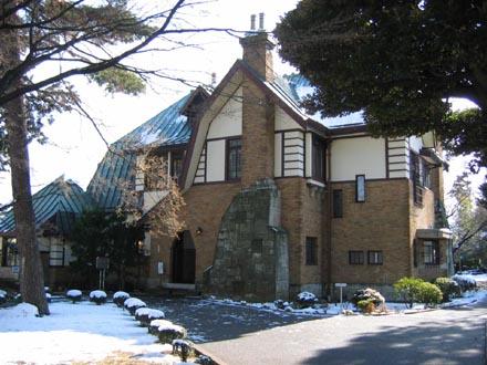 山本有三記念館北側外観