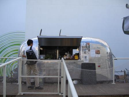 12-cafe.jpg