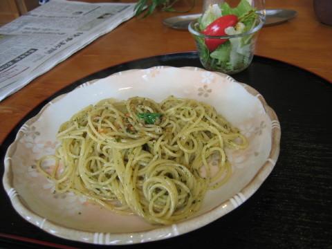 バジルのスパゲティ。