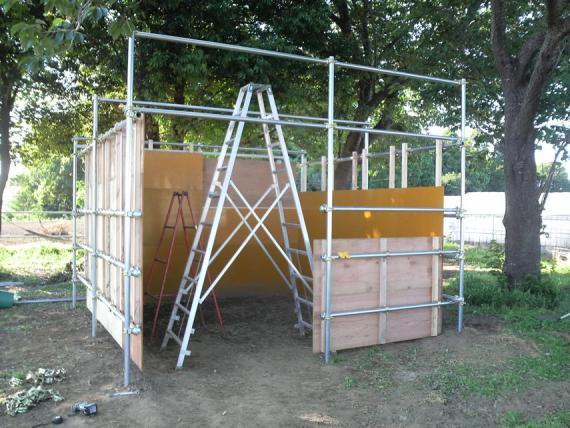 馬小屋32
