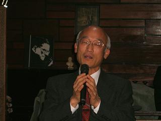 成岡秀夫氏