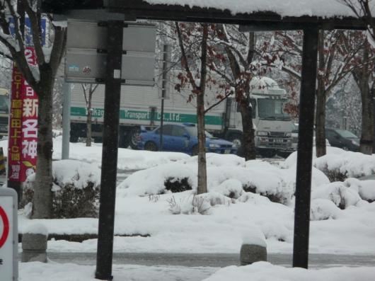 雪中のインプレッサ