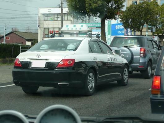パトカー?