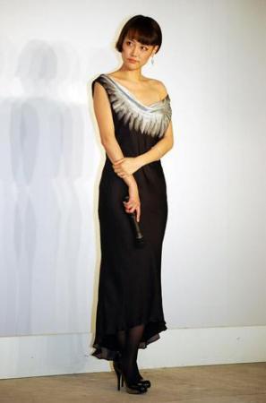凛子 ドレス