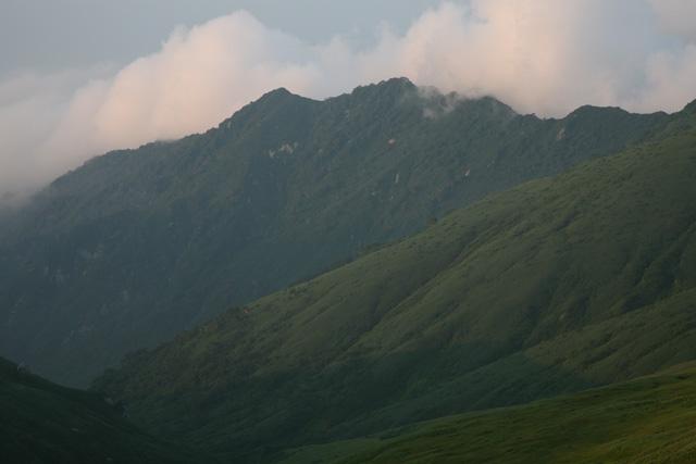 御西岳から見たダイグラ尾根