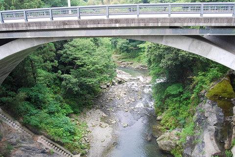 つげばし下の峡谷