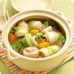 豚肉の白菜巻きポトフ風スープ