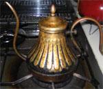別のやかんで沸かしてからコーヒー用ポットに移すと丁度良い温度