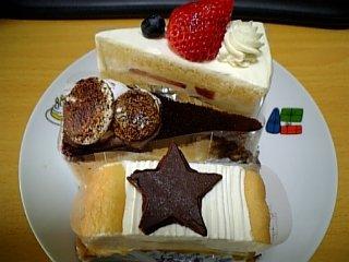 2008年クリスマス ケーキ3つ