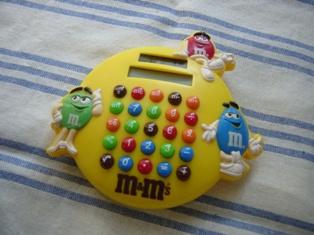 エム・アンド・エムの電卓♪