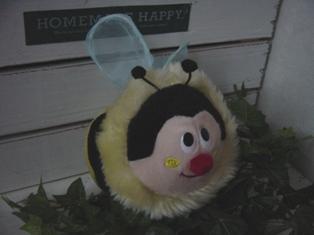 ハチのポシェット♪