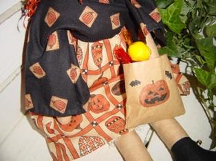 ハロウィン柄のドレス。。。