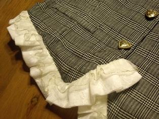 飾りポケットとフリル♪