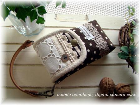 サークルレースとチョコ色リネンの携帯とデジカメのケース