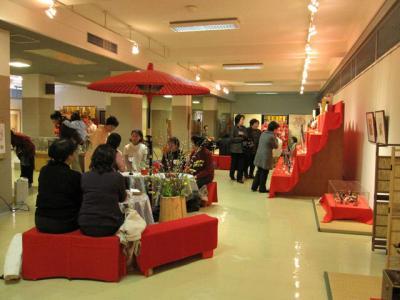 郷土博物館ひなまつり茶会