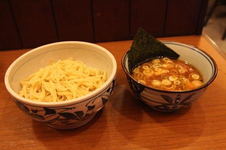 セントレア 豆天狗 つけ麺(850円)