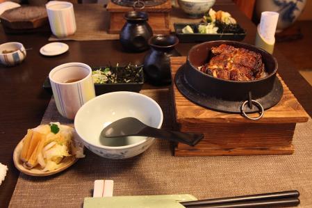 うなぎ釜飯(松)2980円