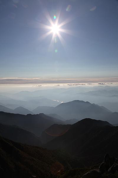 空木岳頂上から木曽の夕景