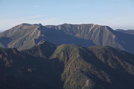 空木岳頂上から木曽駒方面