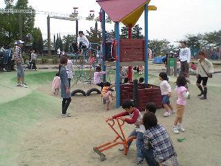 戸田川緑地公園 遊具