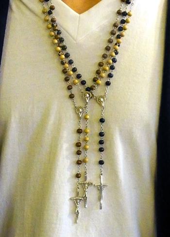 rosarioEASTER.jpg